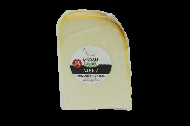 Merz Artizan Kafkas Peyniri-Madalı (%100 Keçi Sütü)