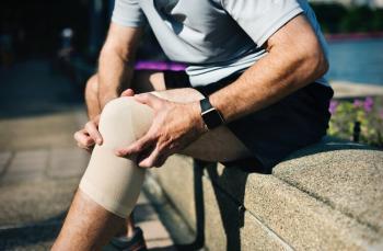 Bağırsak hastalıklarının bir belirtisi: eklem ağrıları