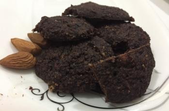 Şekersiz ve unsuz keçiboynuzu unuyla kurabiye tarifi