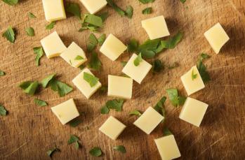 Gerçek kaşar peynirini nasıl anlarsınız?