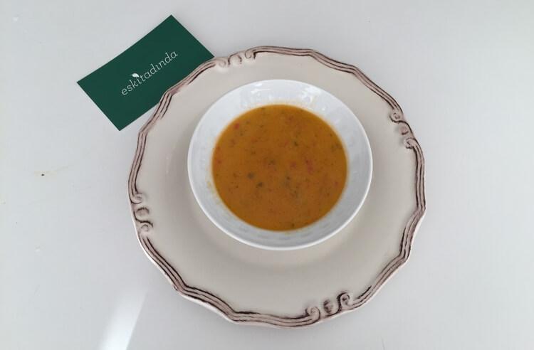 Bebeklere et suyuna sebzeli şehriyeli çorba tarifi
