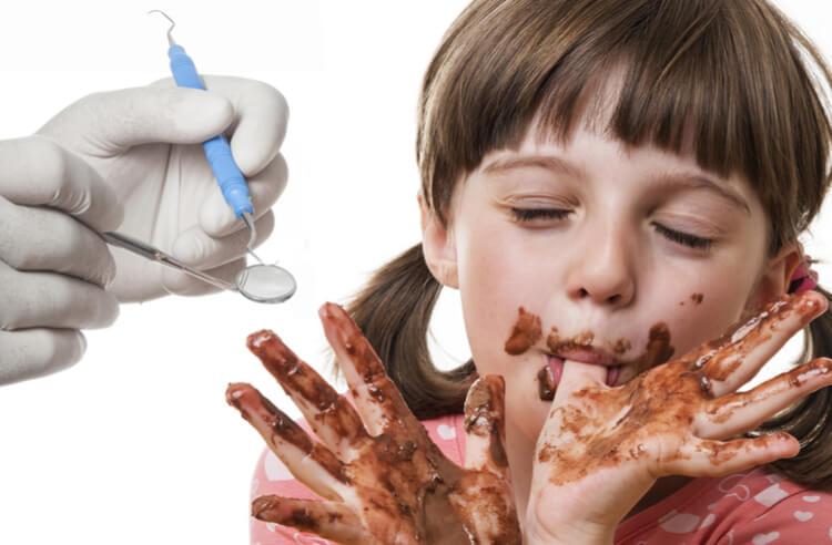 Şeker dişlerinize nasıl zarar verir?