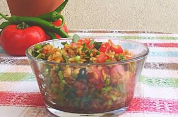 Siyez bulgurlu yaz salatası tarifi