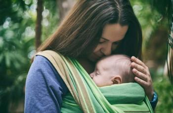 Doğal ebeveynlik (attachment parenting) nedir?